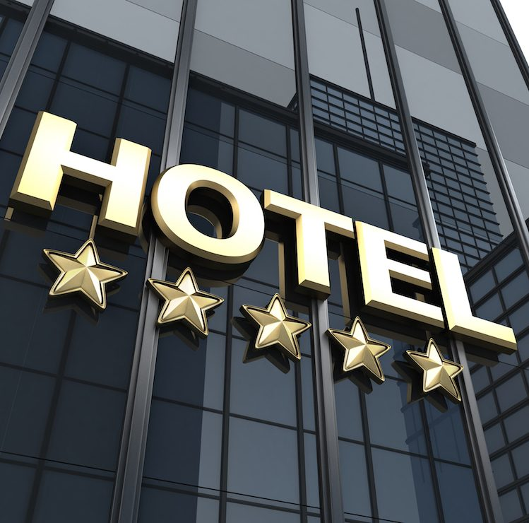how to make a successful management in a hotel